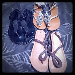 Lot of 3 women's sandals black, brown, silver 7